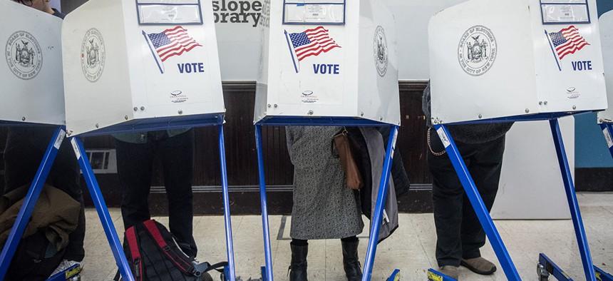voters voting