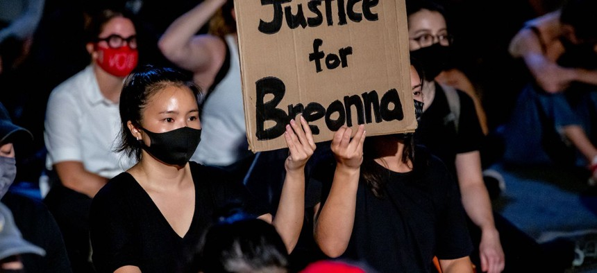 Protestors on the Brooklyn Bridge after the conclusion of Breonna Taylor's trial that ended without convictions for the officers involved.