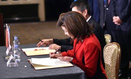 On public records, Gov. Kathy Hochul wants to distance herself from Andrew Cuomo's legacy of obstruction.